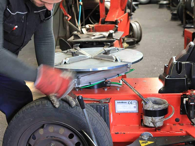 Nieuwe of gebruikte banden snel en vakkundig gemonteerd